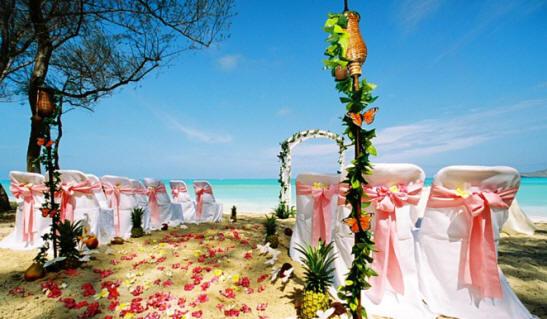 decoracion boda hawaiana playa