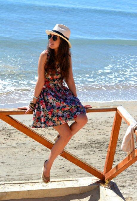 sombrero vestido floral
