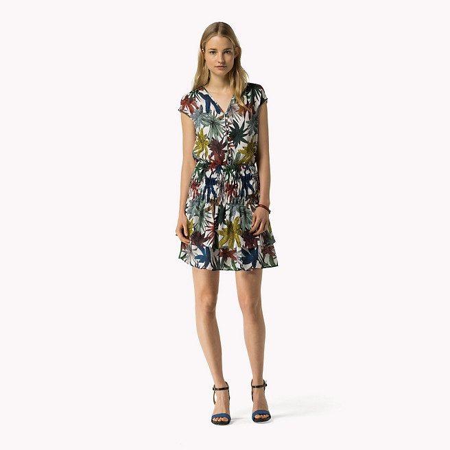 vestido flores tropicales zapato tacon